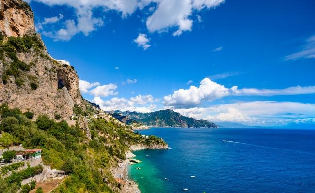 ITALIA - TIBERIO Y LA COSTA AMALFITANA