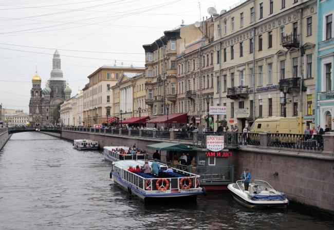 CRUCERO FLUVIAL - MOSCU A SAN PETERSBURGO 4*
