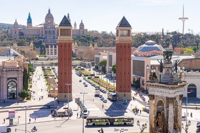 DE BARCELONA A MADRID